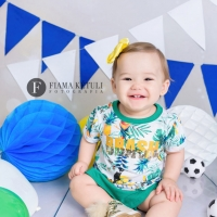 Mini Ensaio Copa do Mundo menina camisa brasil Brasilia