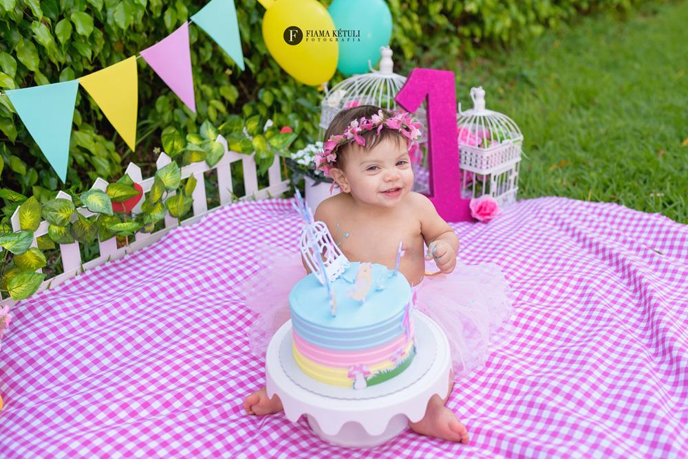 Ensaio de bebê 1 ano em Brasília com bolo