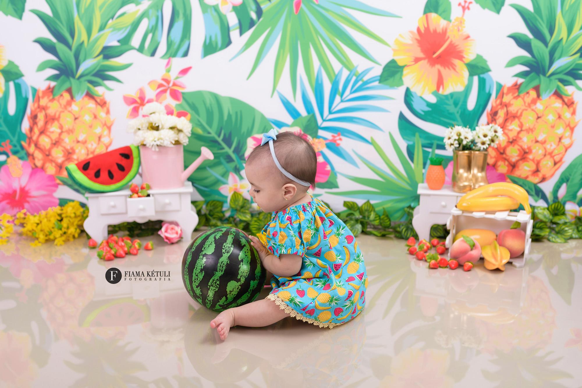 Acompanhamento de bebê com cenário em Brasília