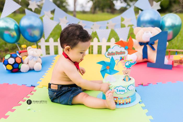 Smash the Cake tema brinquedos em Brasília