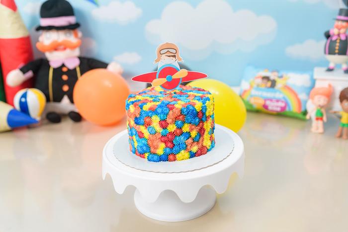 Bolo para Smash the cake Mundo Bita em Brasília