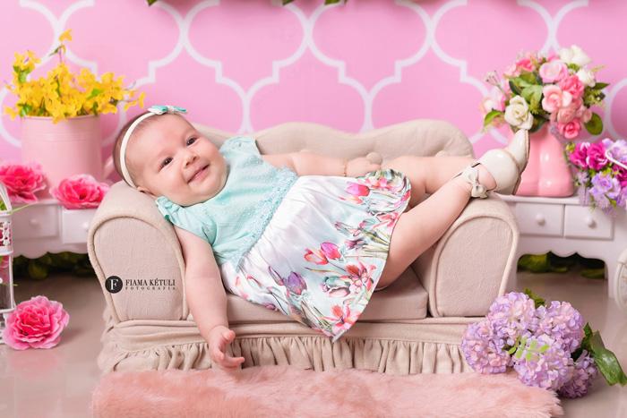 Ensaio de bebê em estúdio Brasília 3 meses