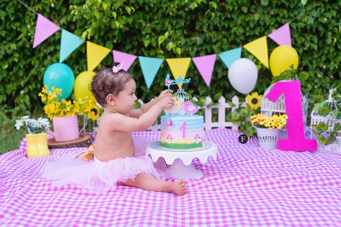 Ensaio com bolo para bebê de 1 ano em Brasília